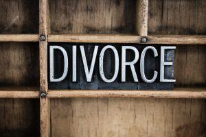 bigstock-Divorce-Concept-Metal-Letterpr-83901032